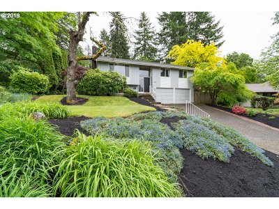 Eugene Single Family Home For Sale: 3137 Kevington Ave