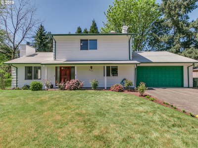 Tualatin Single Family Home For Sale: 21527 SW Cayuse Ct