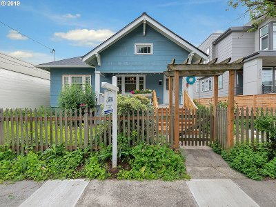 Portland Single Family Home For Sale: 2526 SE 37th Ave