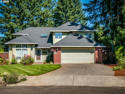 Oregon City Single Family Home For Sale: 19855 Castleberry Loop