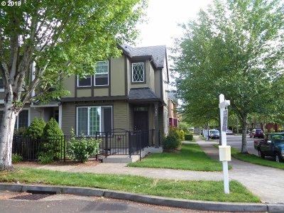 Washington County Single Family Home For Sale: 1268 SE Bacarra St