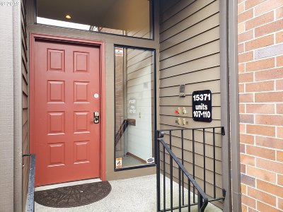 Tigard Condo/Townhouse For Sale: 15371 SW 114th Ct #110