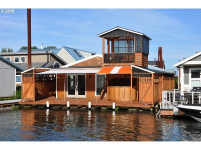 Portland Single Family Home For Sale: 429 N Bridgeton Rd #11