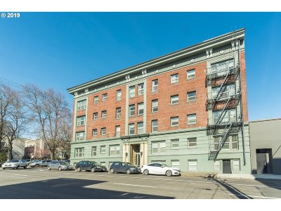 Condo/Townhouse For Sale: 1631 NW Everett St #305