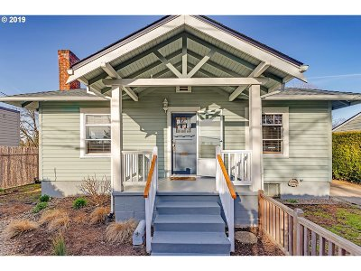 Portland Single Family Home For Sale: 7715 SW 35th Ave SW