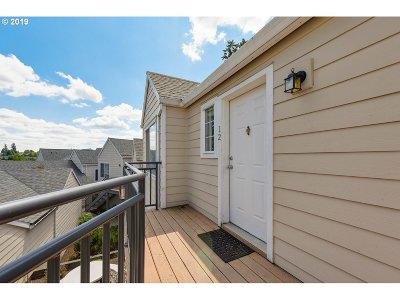Condo/Townhouse For Sale: 17580 NW Springville Rd #G12