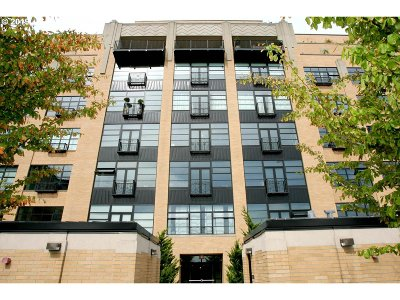 Northwest Heights, Pearl, Old Town, Arlington Heights, Sylvan Highlands, Sylvan, Highlands, Forest Heights Condo/Townhouse For Sale: 420 NW 11th Ave #1013