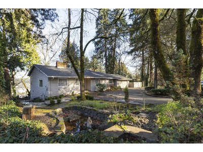 Lake Oswego Single Family Home For Sale: 1525 Maple St