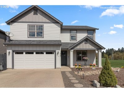 McMinnville Single Family Home For Sale: 3189 NE Hidden Meadow Dr