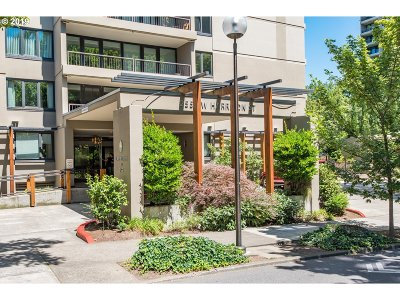 Portland Condo/Townhouse For Sale: 255 SW Harrison St #11 D