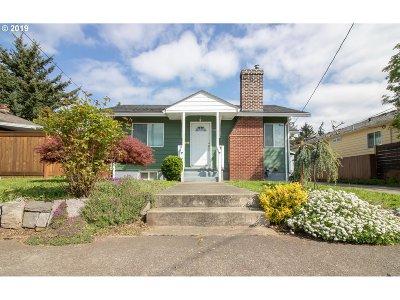 Single Family Home For Sale: 6221 NE Halsey St