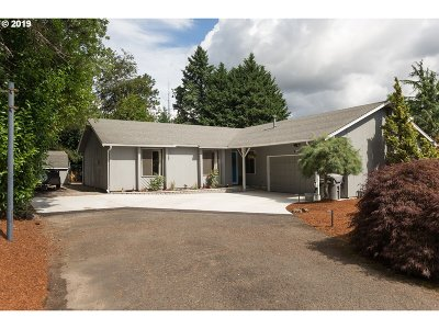 West Linn Single Family Home For Sale: 2345 Century Ln