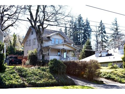 Hood River County Multi Family Home For Sale: 1227 State St