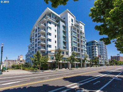 Condo/Townhouse For Sale: 1310 NW Naito Pkwy #403a