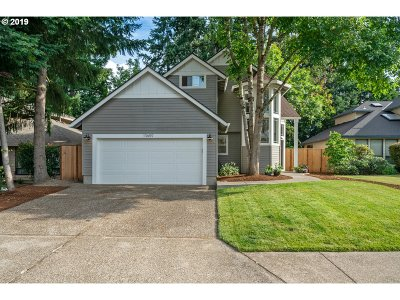 Tigard Single Family Home For Sale: 10659 SW Kent St