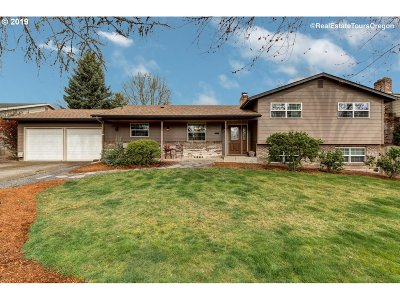 Beaverton Single Family Home For Sale: 20633 SW Rosa Dr