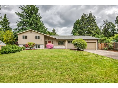 Tigard Single Family Home For Sale: 12370 SW 121st Ave