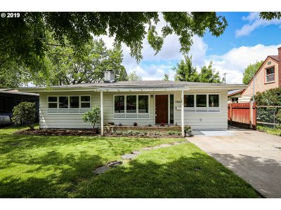 Single Family Home For Sale: 2952 Kincaid St