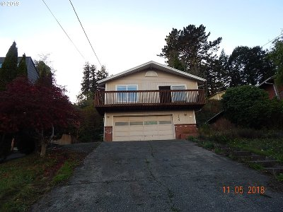 Coos Bay Single Family Home For Sale: 1339 N 8th
