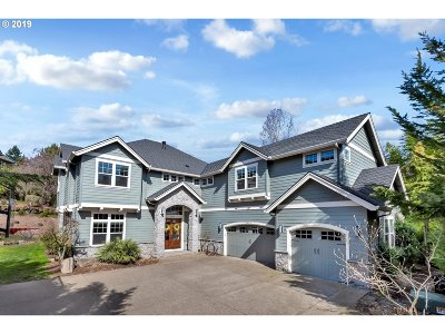 West Linn Single Family Home For Sale: 2924 Beacon Hill Dr