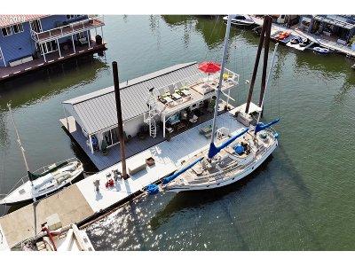 Portland Single Family Home For Sale: 18699 NE Marine Dr #D23