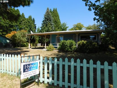 Eugene Single Family Home For Sale: 2243 Golden Gardens St