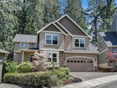 Tigard Single Family Home For Sale: 10047 SW 70th Pl