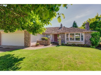 Salem Single Family Home For Sale: 1172 NW Willow Creek Dr