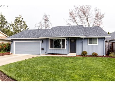 Single Family Home For Sale: 3925 Pam St