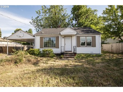 Single Family Home For Sale: 3260 Royal Ave