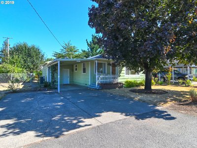 Springfield Single Family Home For Sale: 5306 B St