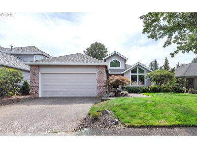 Wilsonville, Canby, Aurora Single Family Home For Sale: 32523 SW Riviera Ln