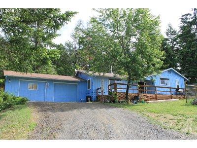 Roseburg Single Family Home For Sale: 156 Dwight Ln
