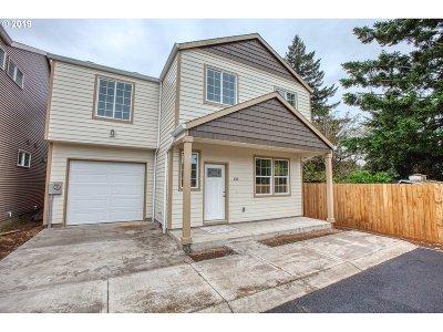 Portland Condo/Townhouse For Sale: 131 NE 109th Ave