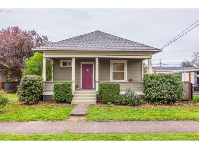 Portland Single Family Home For Sale: 5816 SE 85th Ave
