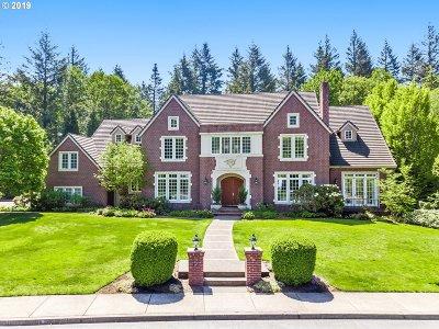 Portland Single Family Home For Sale: 13616 NW Glendoveer Dr