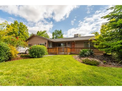 Beaverton Single Family Home For Sale: 4420 SW 197th Ave