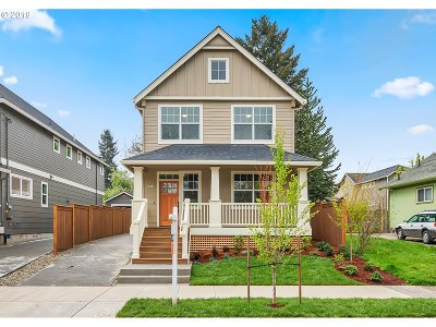 Clackamas County, Multnomah County, Washington County Single Family Home For Sale: 2524 N Watts St