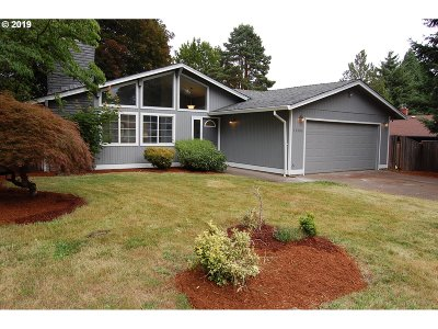 Tigard Single Family Home For Sale: 11306 SW Ironwood Loop