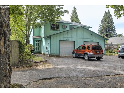 Yamhill County Multi Family Home For Sale: 1331 SE Villard St