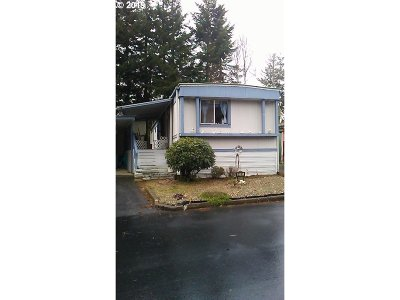 Coos Bay Single Family Home For Sale: 2345 Seaway Ln