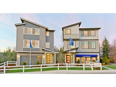 Clackamas County Single Family Home For Sale: 16760 SE Fox Glen Ct #LOT26