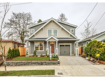 Portland Single Family Home For Sale: 6250 NE 14th Ave