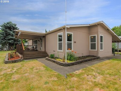 Forest Grove Single Family Home For Sale: 3300 Main St #36