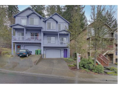 Tigard Single Family Home For Sale: 14674 SW Catalina Dr