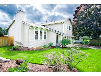 Clackamas Single Family Home For Sale: 13724 SE 115th Ave