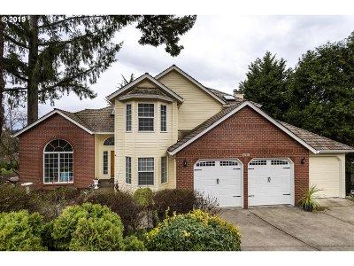 West Linn Single Family Home For Sale: 2518 Kilkenny Ct
