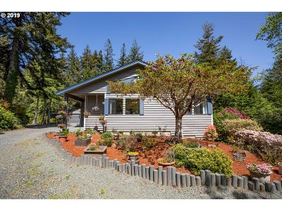 Bandon Single Family Home For Sale: 88445 Trout Pond Ln