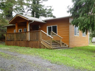 Gold Beach OR Single Family Home For Sale: $160,000