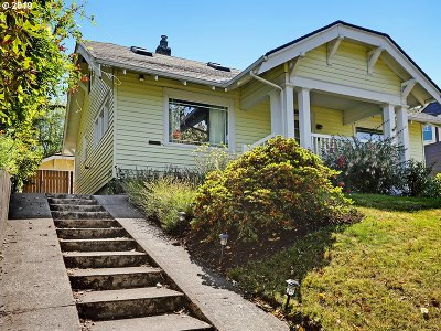 Portland Single Family Home For Sale: 2142 SE 53rd Ave